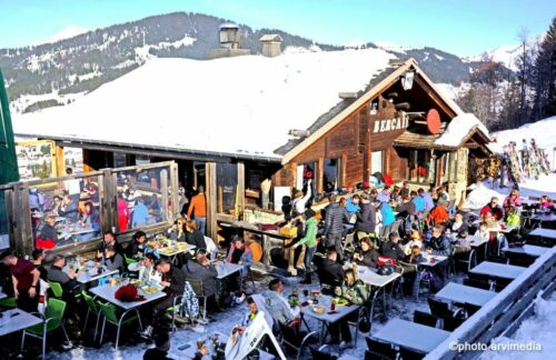 Bercail-restaurant-d-altitude-la-clusaz